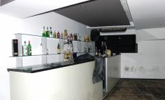 BAR PRONTO A EXPLORAR